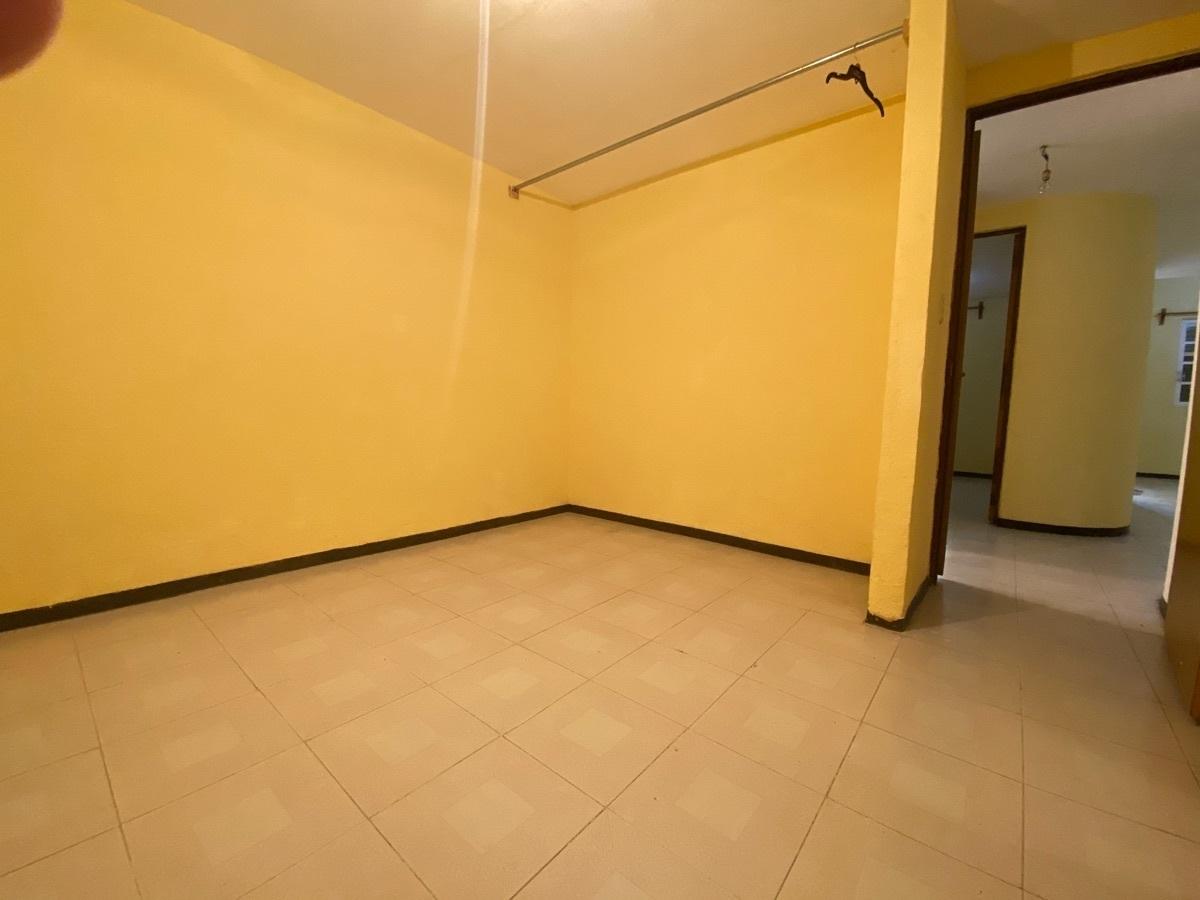 3 de 15: Edificio de 2 niveles - Habitacional  + Comercial