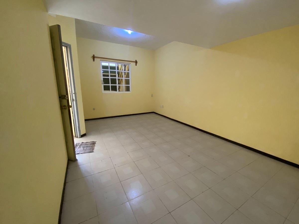 5 de 15: Edificio de 2 niveles - Habitacional  + Comercial