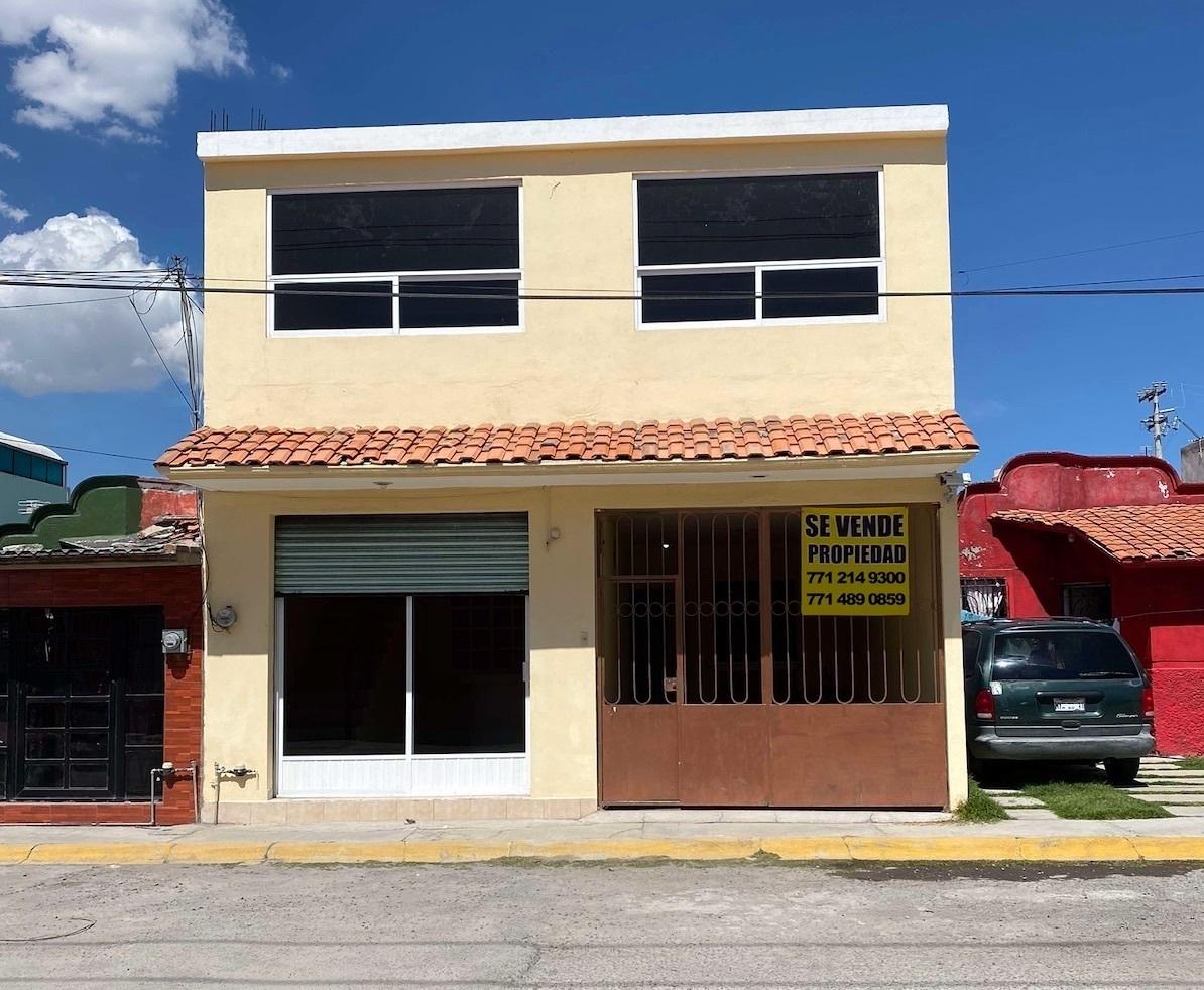 1 de 15: Edificio de 2 niveles - Habitacional  + Comercial