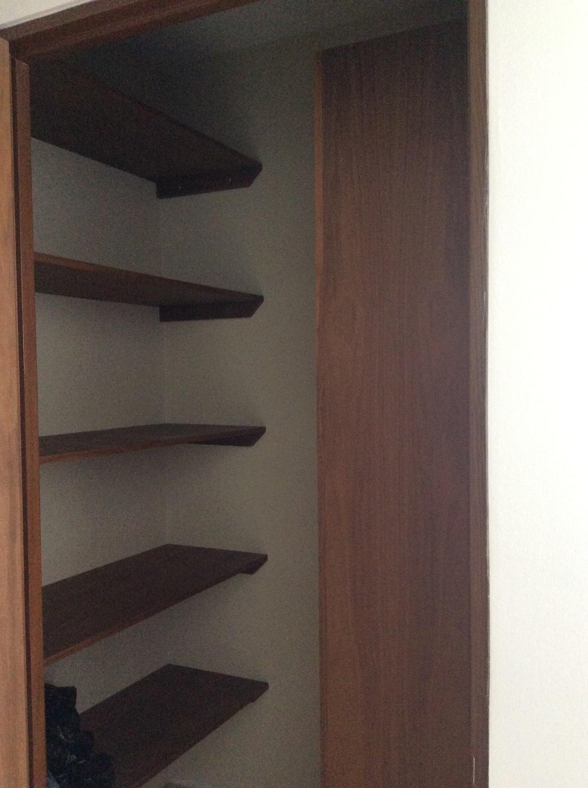 10 de 21: Closet1