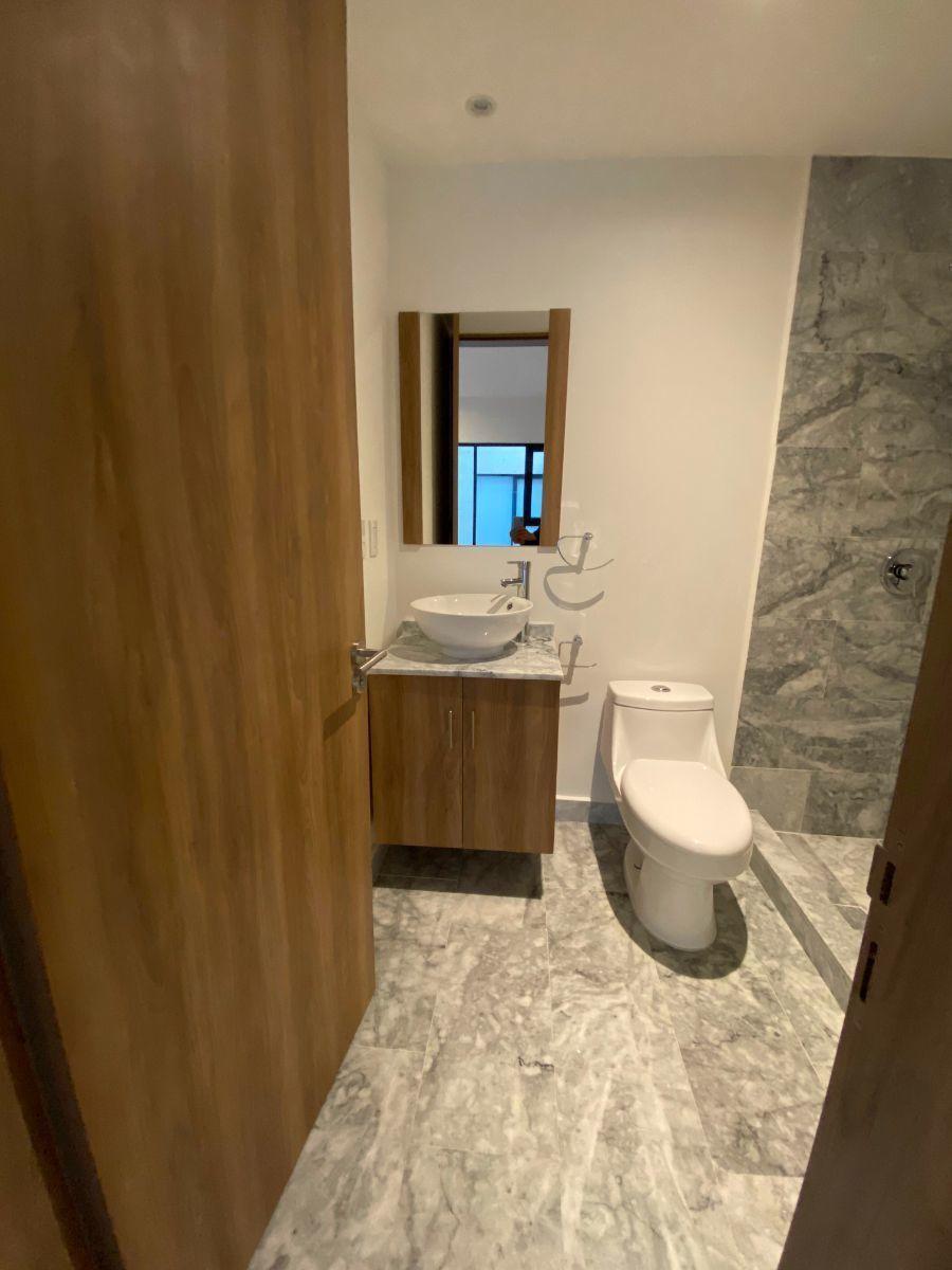11 de 32: baño recámara principal