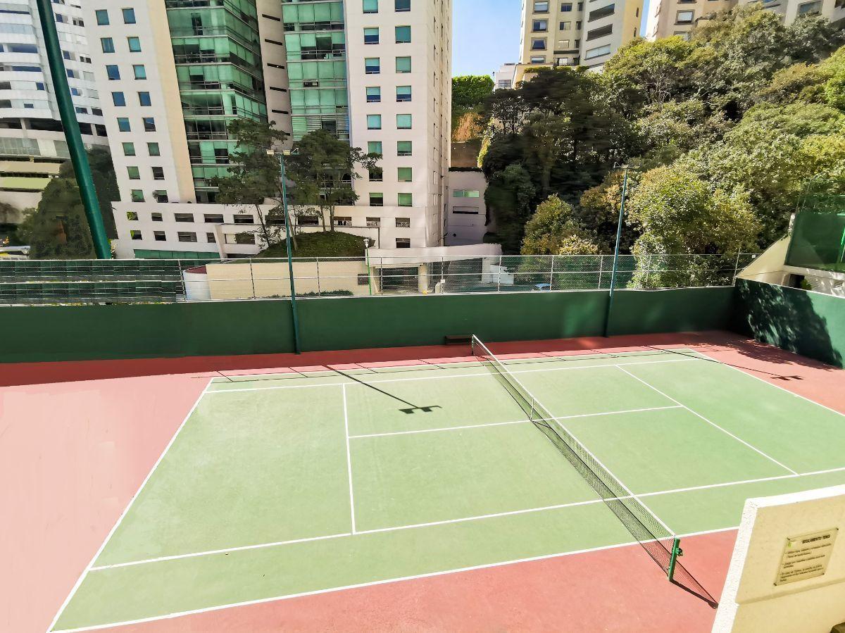 23 de 24: Cancha de Tenis