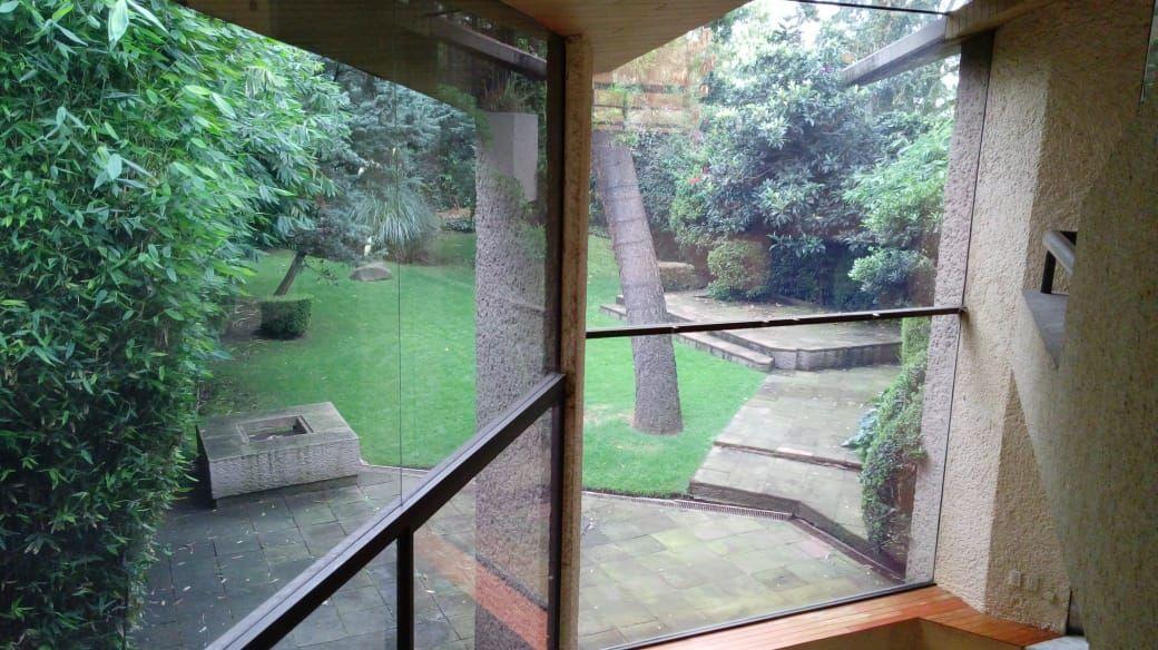 10 de 27: Vista del segundo piso al jardín