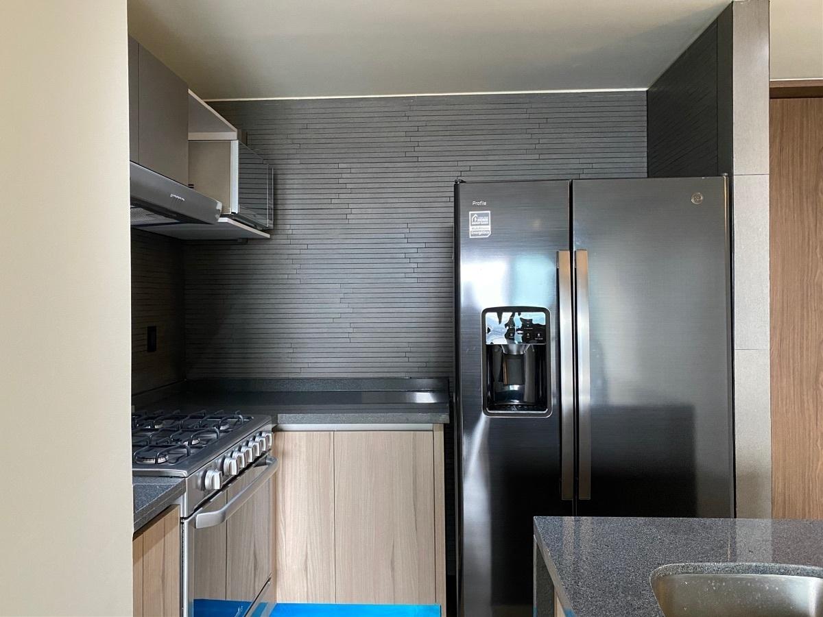 13 de 31: Cocina con electrodomésticos de alta gama