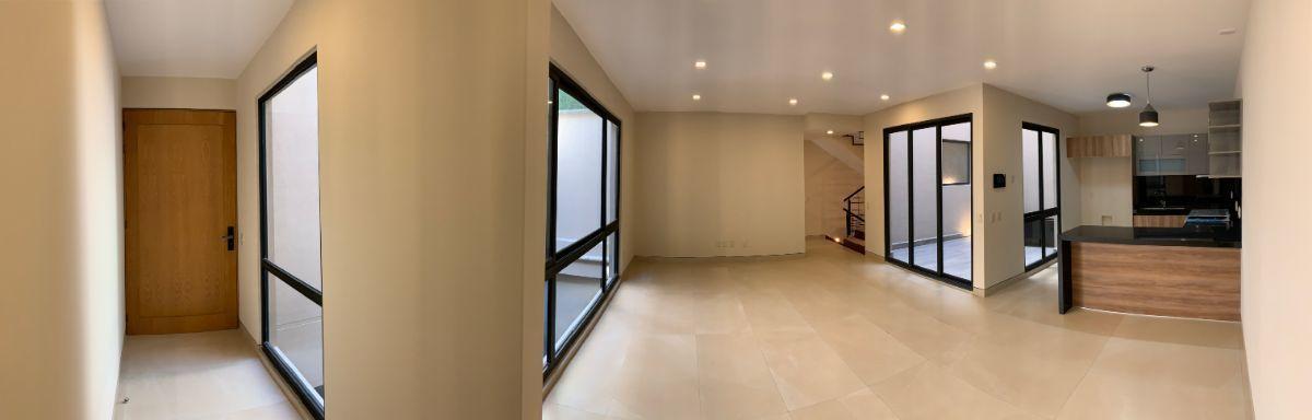 2 de 26: Estancia de Sala y Comedor con terraza y cocina abierta