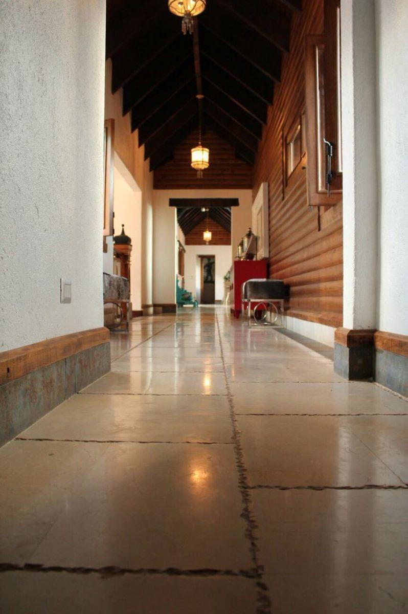 25 de 37: Villa alquiler por noche jarabacoa 6 dormitorios