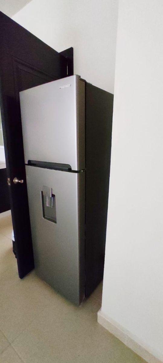 8 de 32: Refrigerador