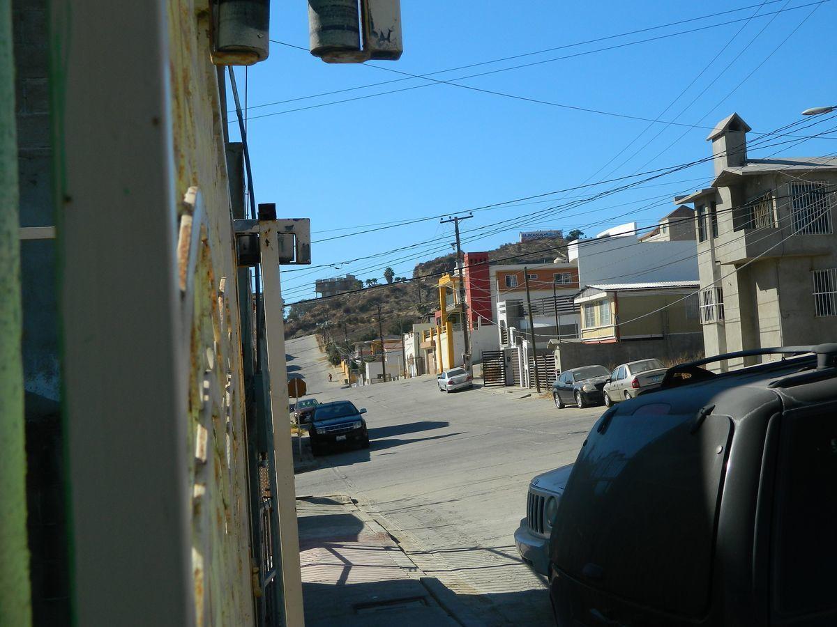 6 de 39: Calle Pavimentada