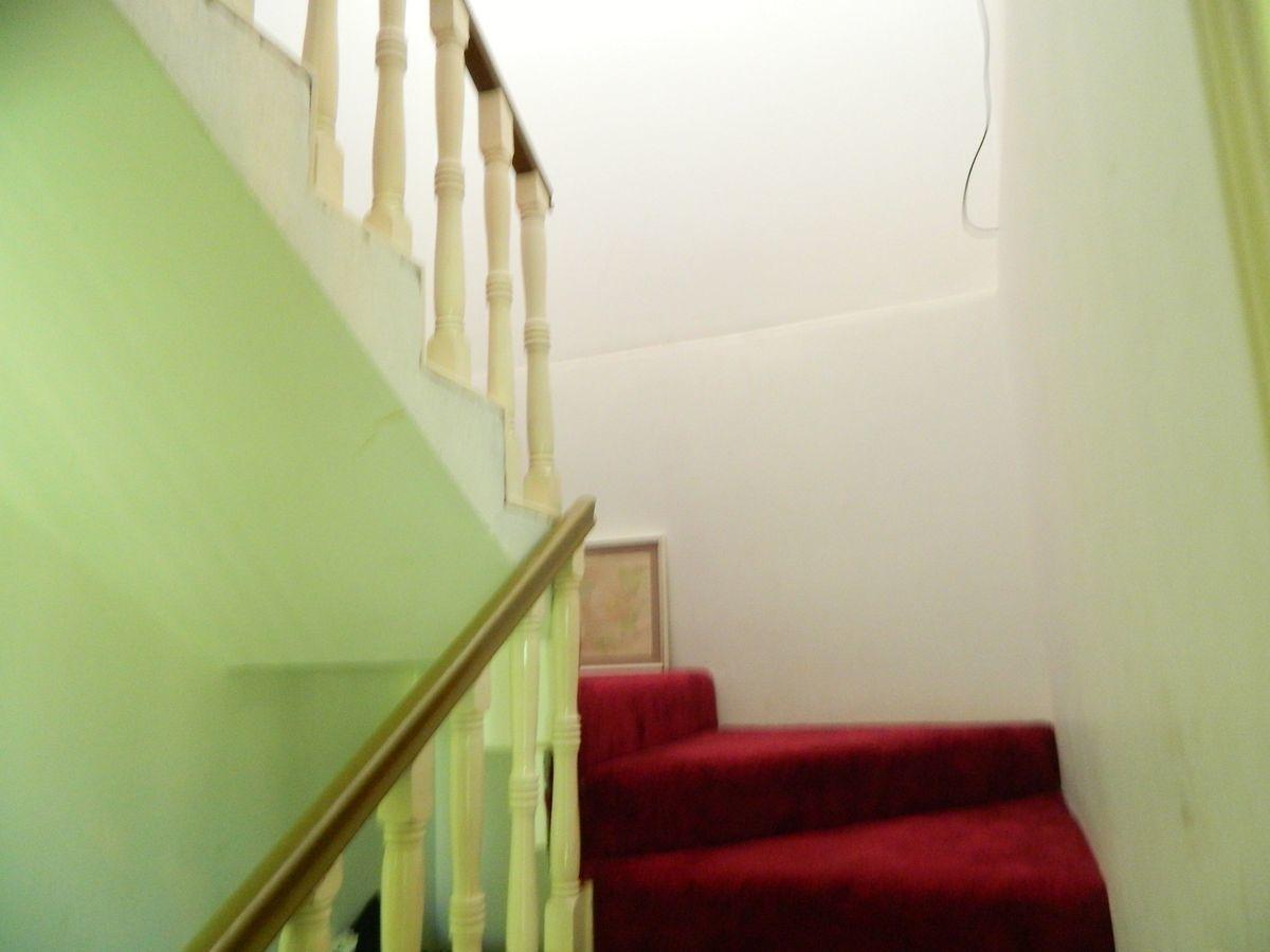 31 de 39: Escalera interior