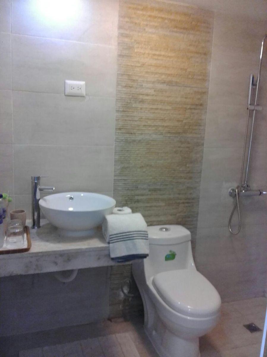 13 de 29: Hotel en venta samana 40 dormitorios vista la la bahia