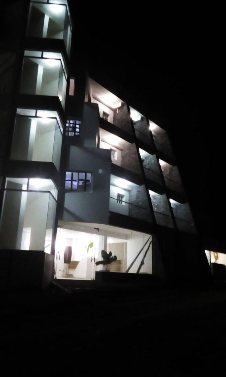 15 de 29: Hotel en venta samana 40 dormitorios vista la la bahia
