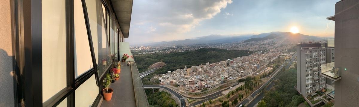 34 de 48: Vista balcón