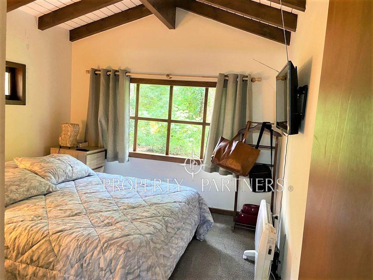 13 de 15: Dormitorio cabaña 2