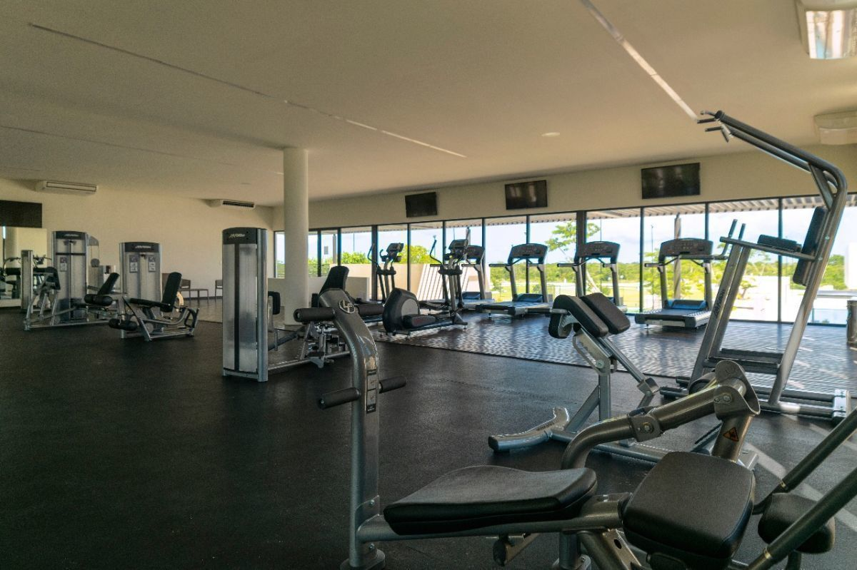 24 de 26: Gym