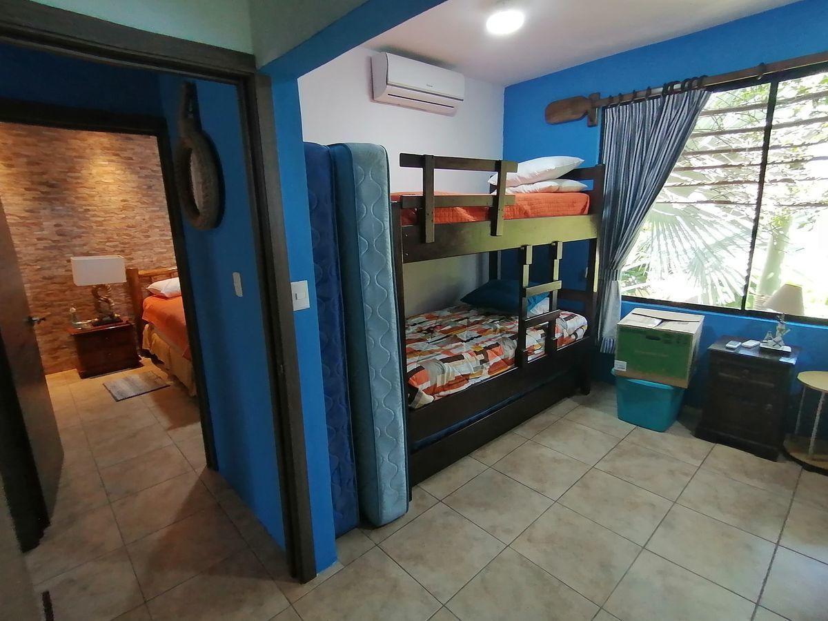 10 de 14: Dormitorio secundario