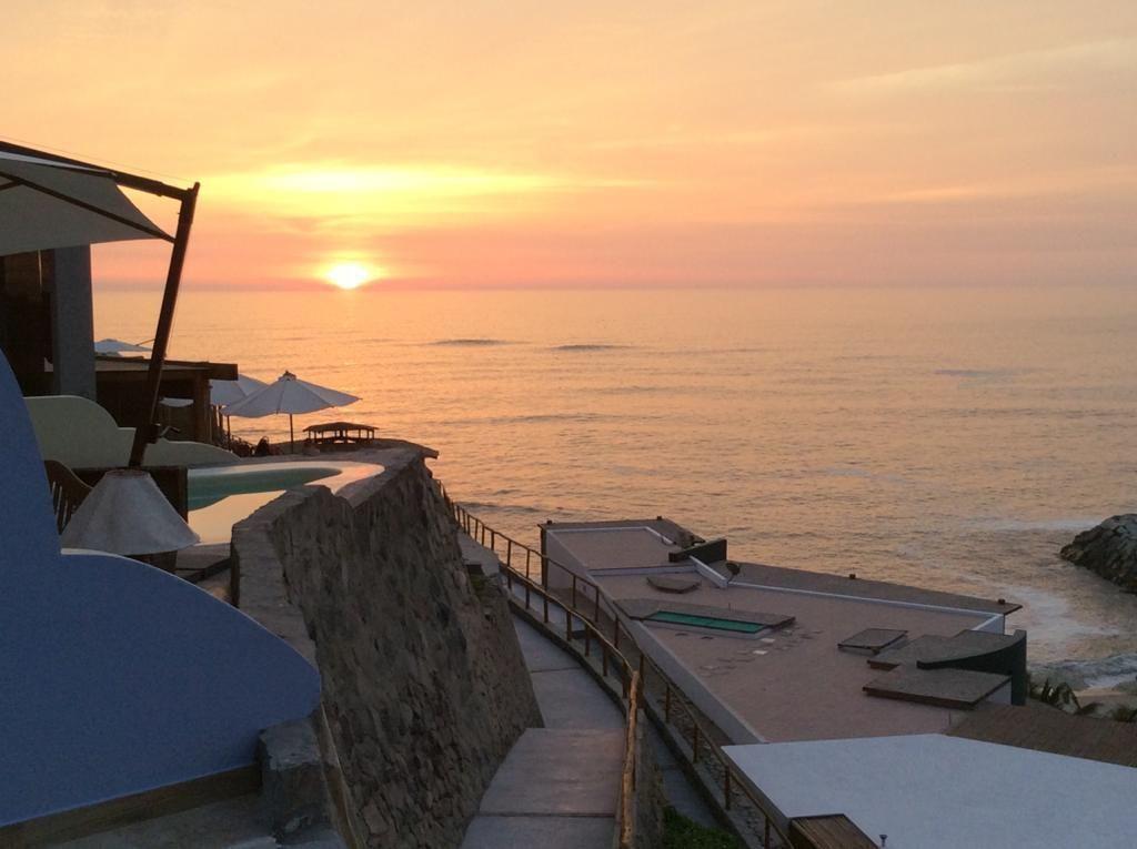 3 de 38: Hermosa Vista desde varias áreas de la casa al mar