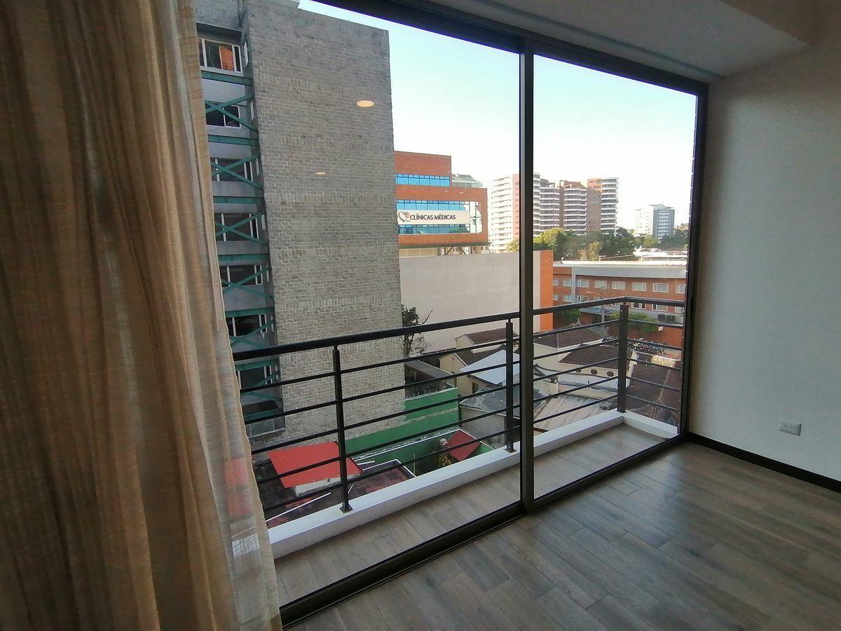 6 de 22: Balcón principal