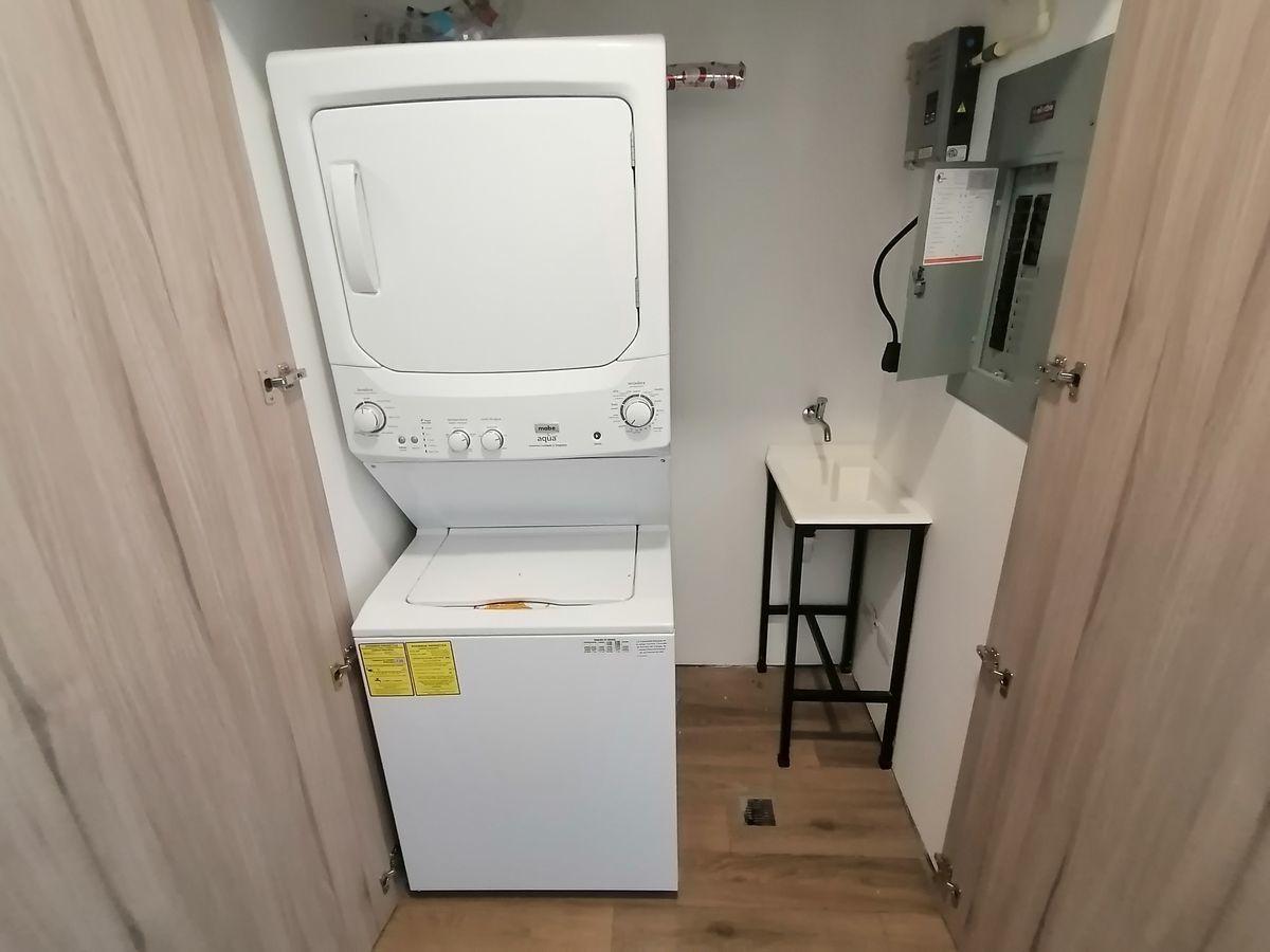 17 de 22: Closet de lavandería