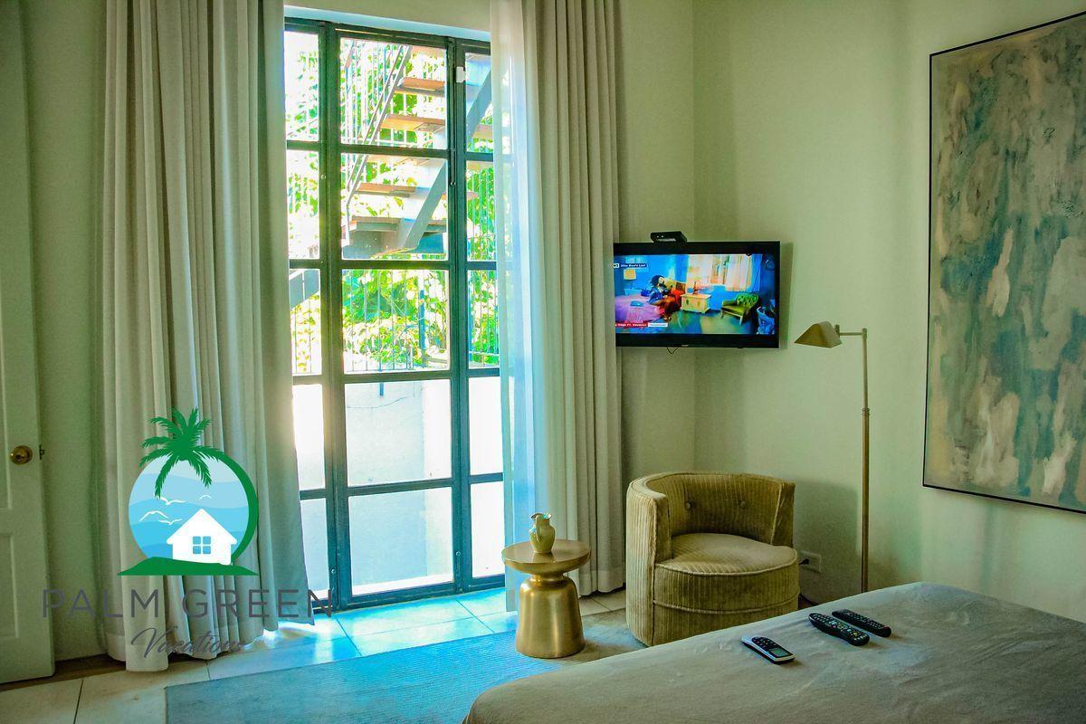 8 of 46: Villa en zona colonial picuzzy privada