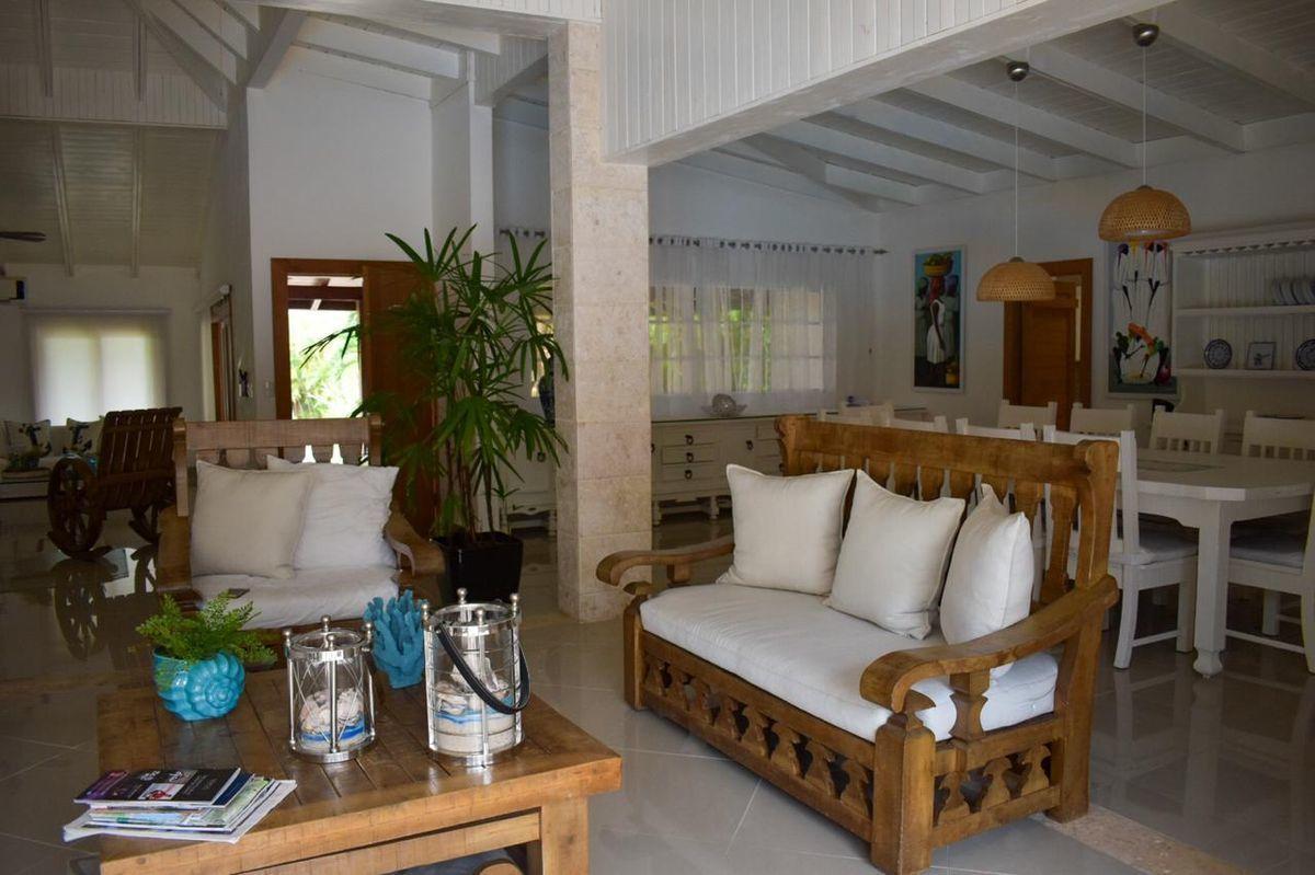 2 de 15: Villa casa de campo 4 dormitorios piscina privada