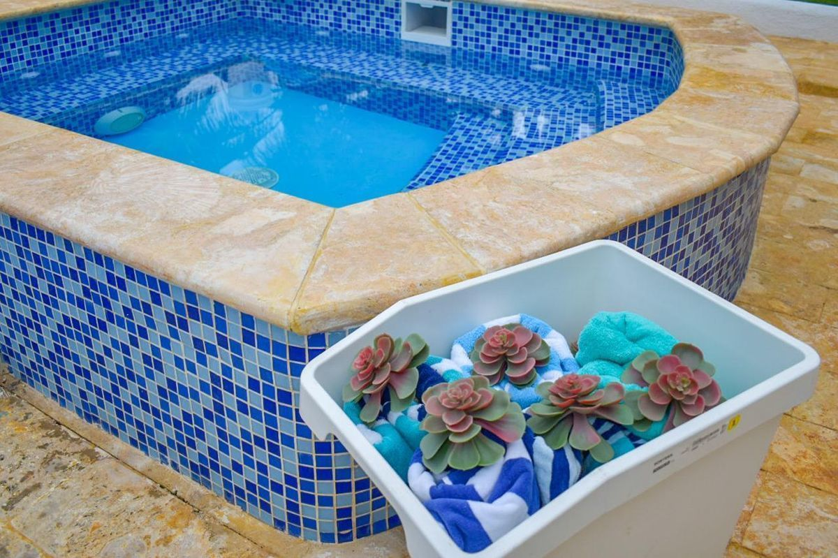 1 de 15: Villa casa de campo 4 dormitorios piscina privada