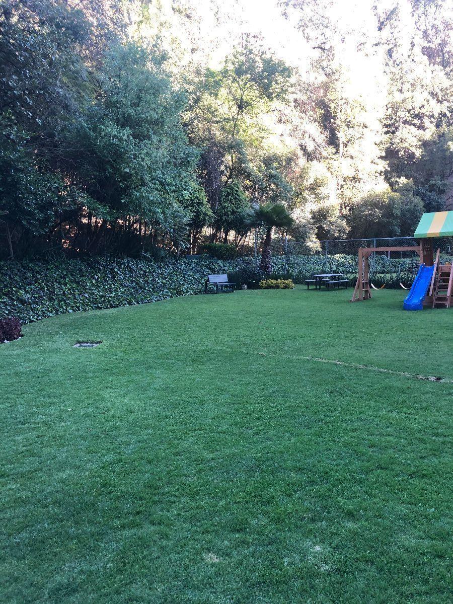 30 de 34: Jardín común