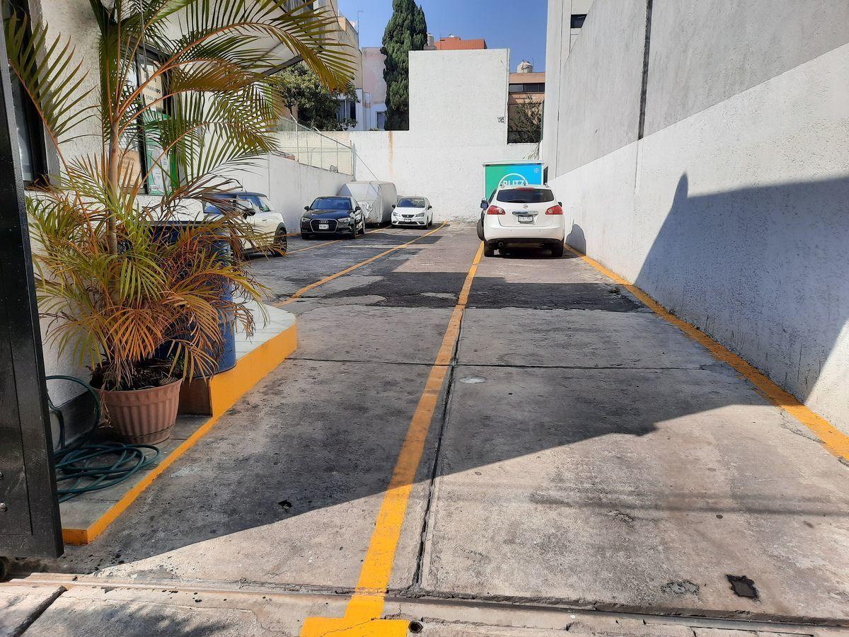 9 de 9: estacionamiento