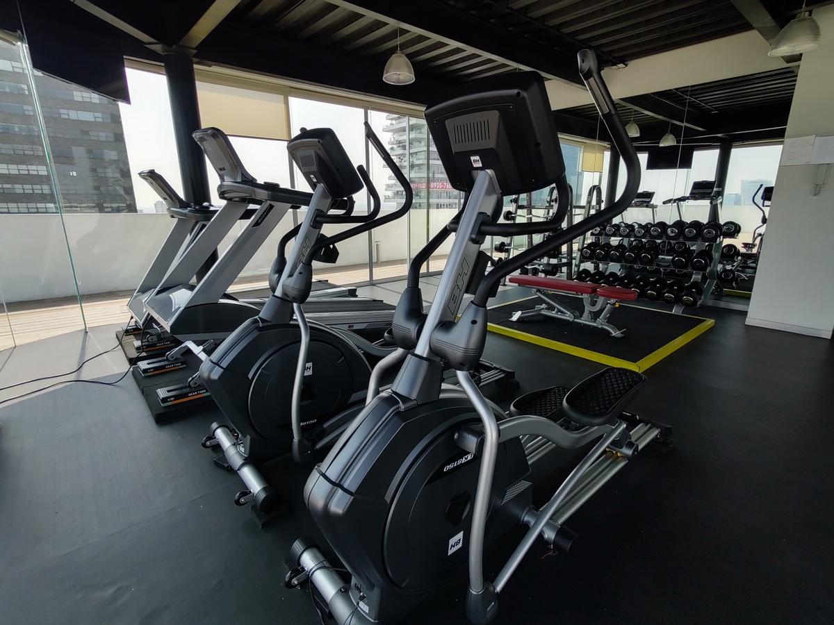 21 de 21: Gym