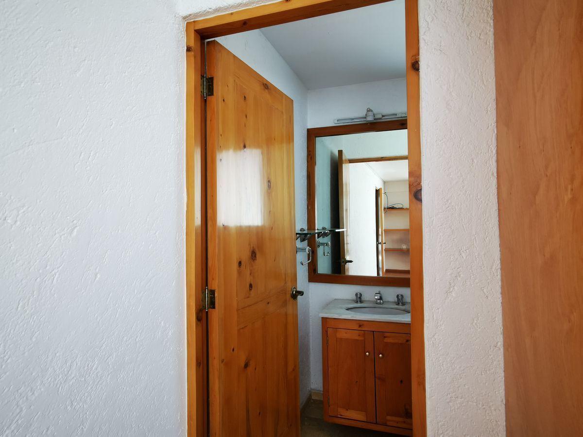 16 de 25: Baño habitación secundaria