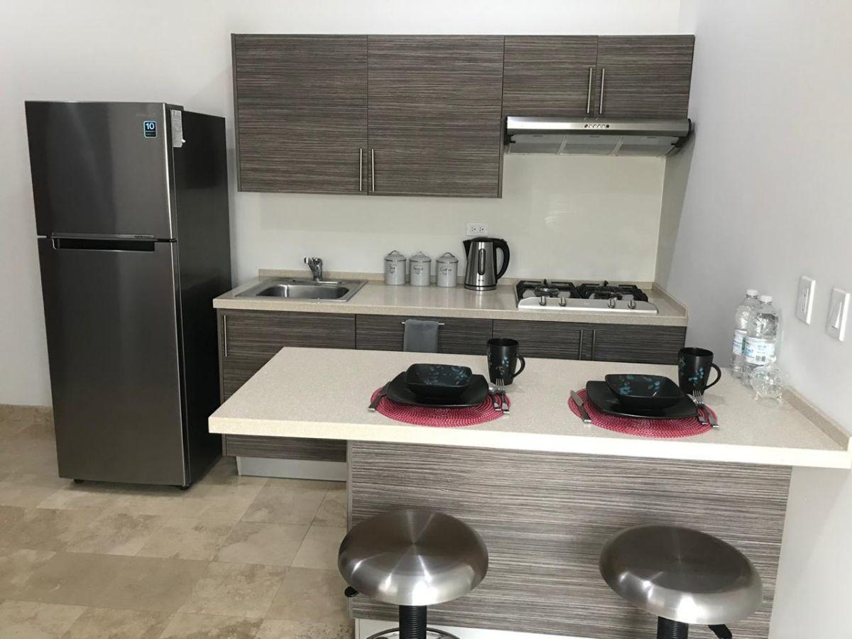 3 de 50: Completamente equipado y con utensilios de cocina