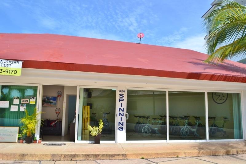 31 de 31: Baños sauna y vapor del Club Deportivo Flamingos.