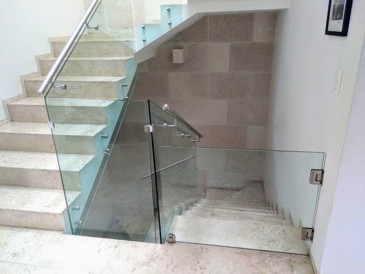 16 de 29: Escaleras