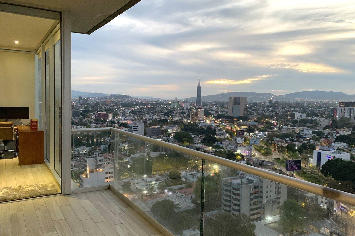 30 de 30: Balcón