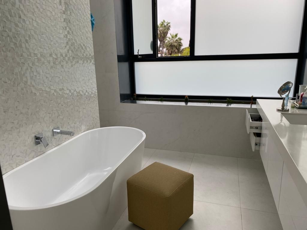 10 de 21: Baño principal