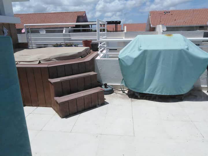 9 de 14: terraza con jacuzzy