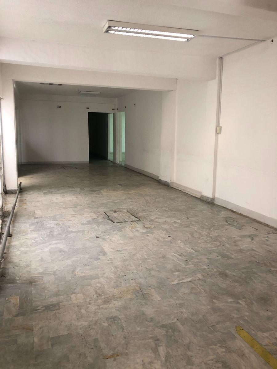 5 de 20: Area de oficinas