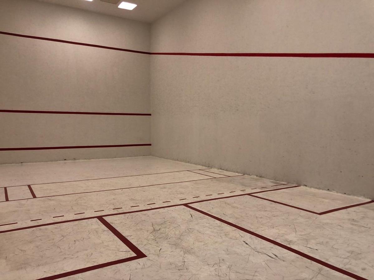 18 de 18: Squash