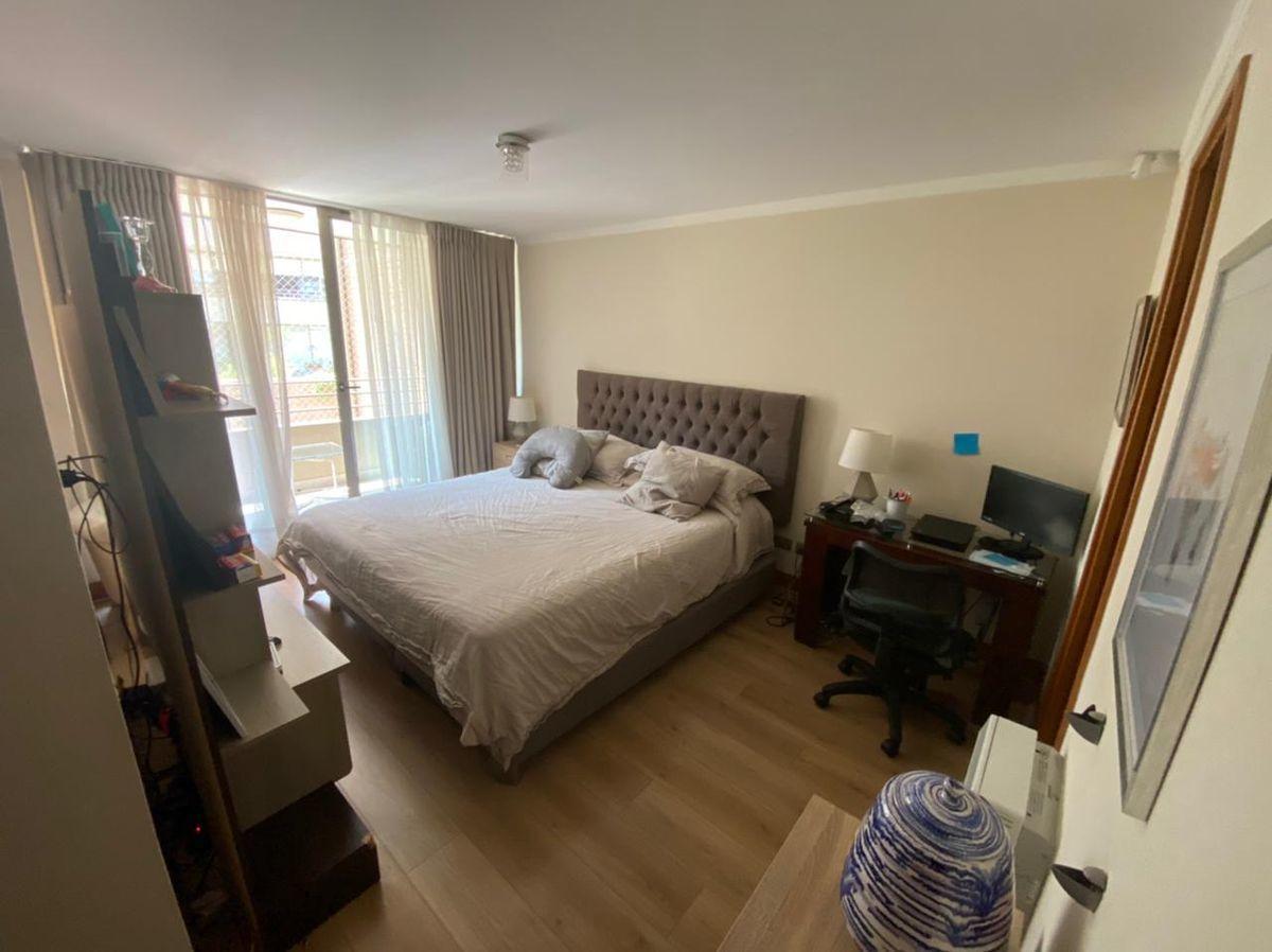 4 de 12: Dormitorio principal
