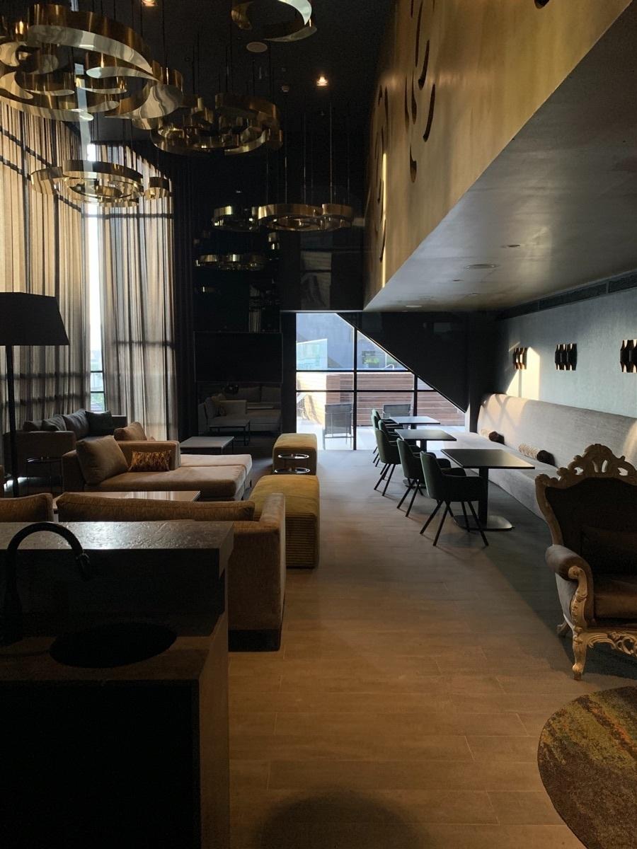 14 de 16: Lounge room