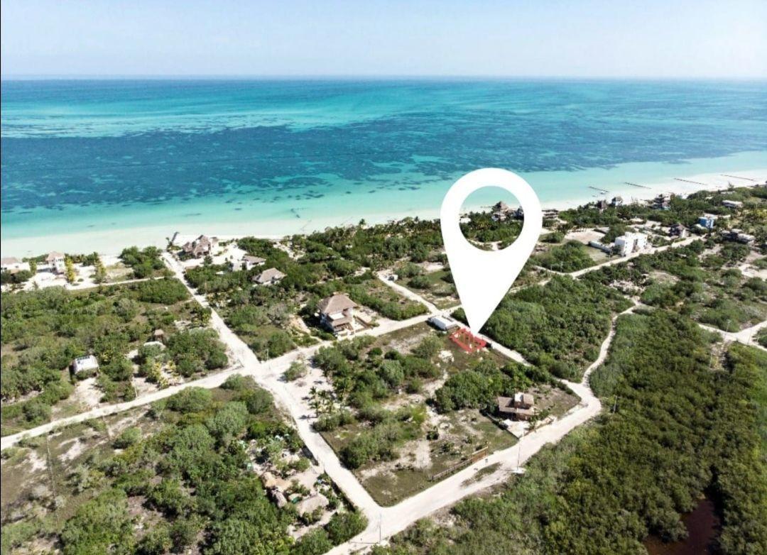 1 de 5: A una cuadra de la playa Punta Cocos