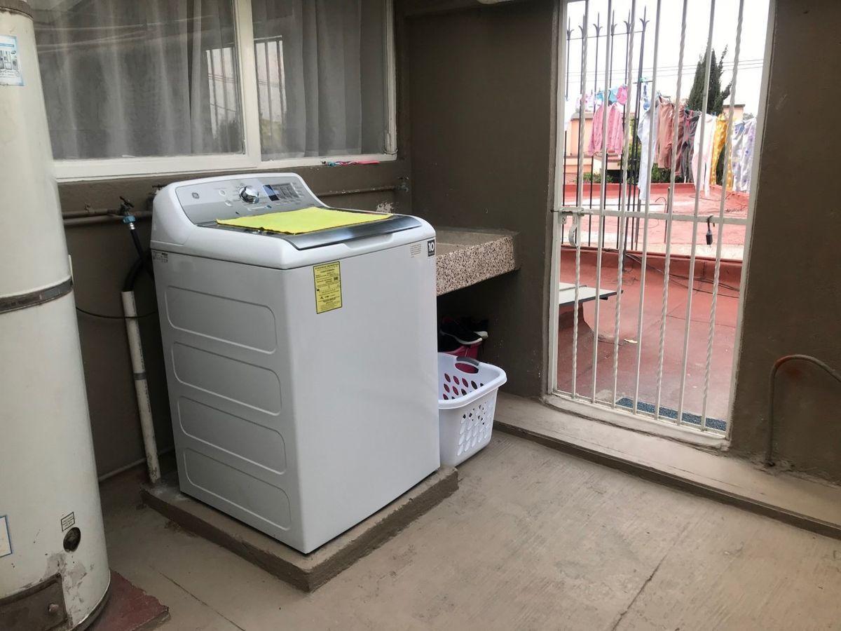 48 de 50: lavandería en azotea