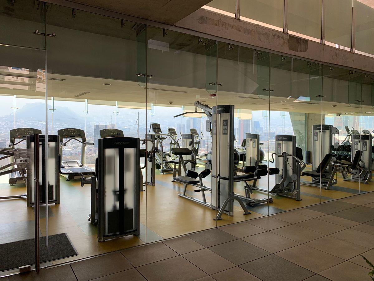 14 de 16: Gym