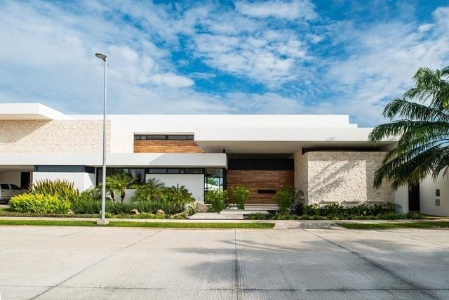 3 de 38: Casa en venta en privada en Merida, Yucatan, chichen realty
