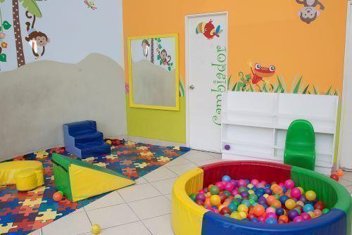 18 de 22: Sala infantil