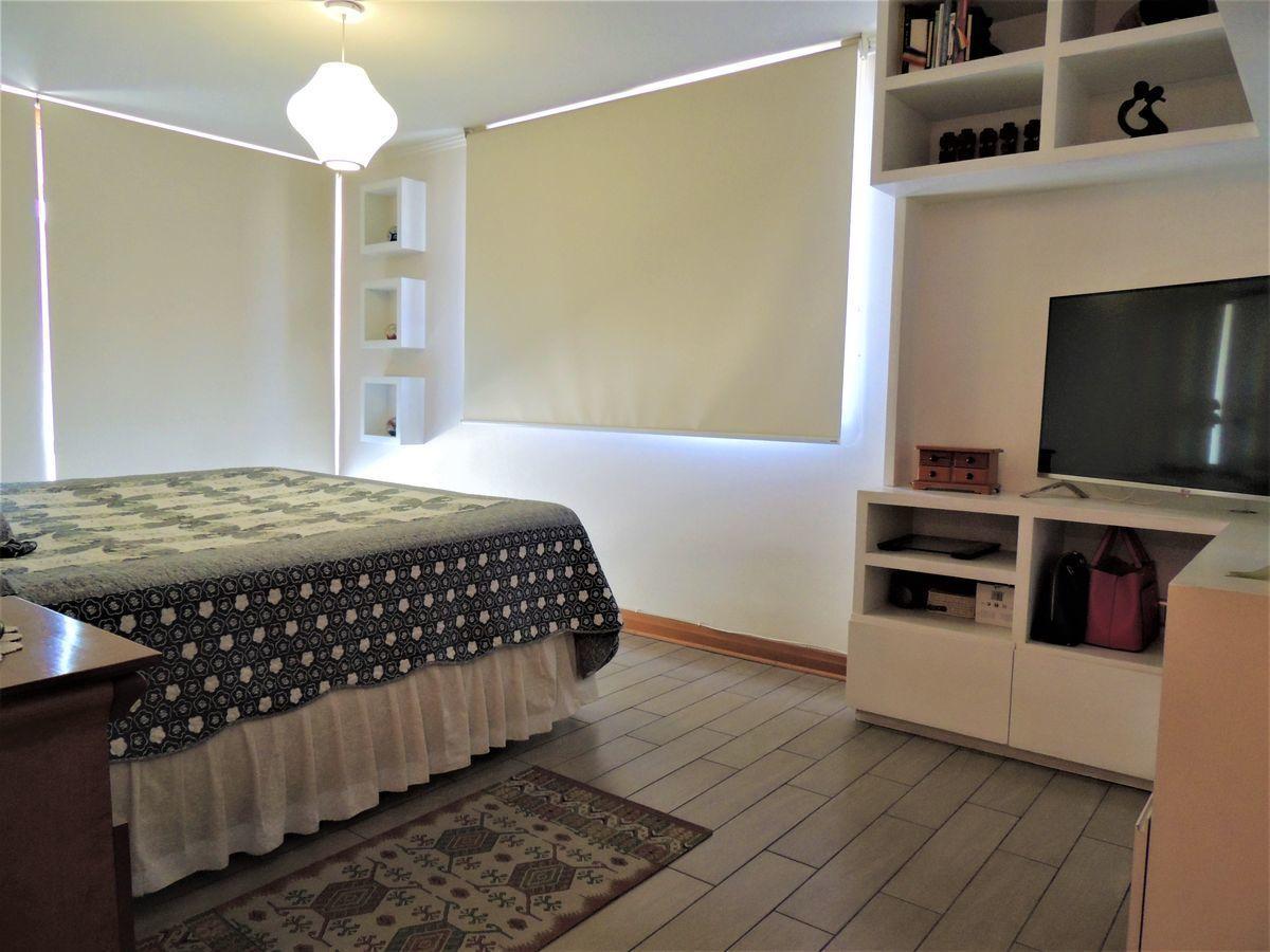 29 de 43: Dormitorio Principal en Suite