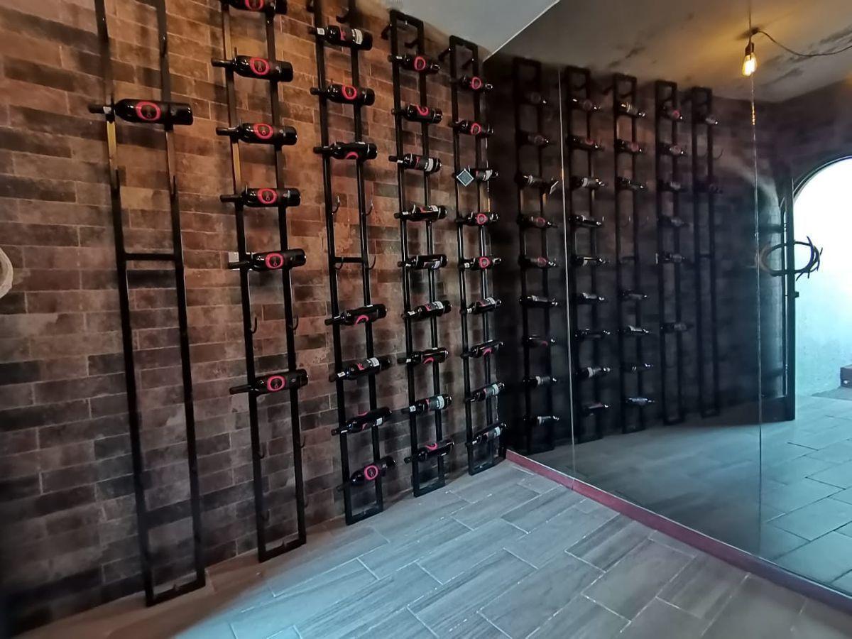 31 de 32: bodega de vinos