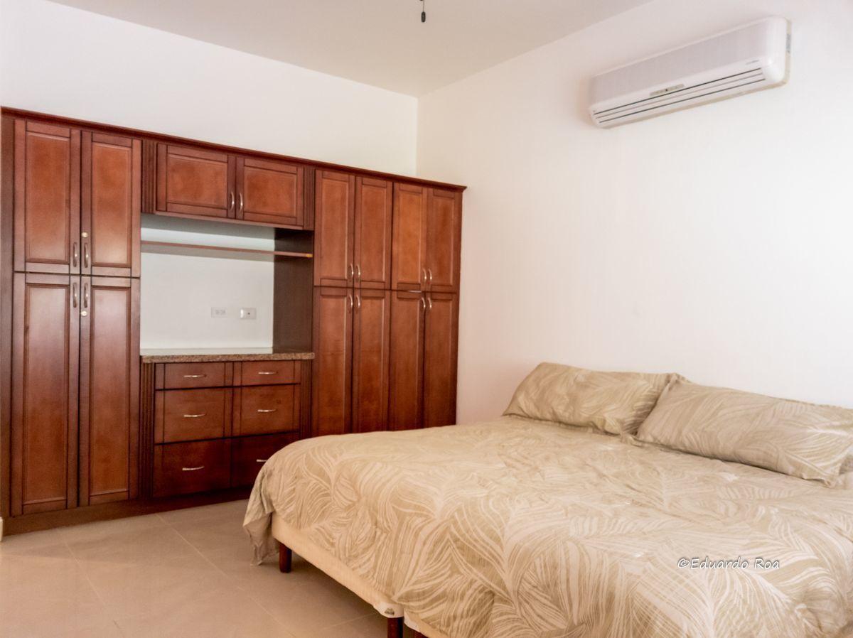 14 of 21: Master Bedroom