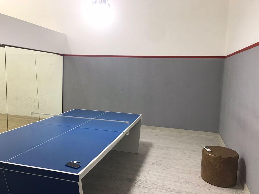 29 de 29: Salón ping pong