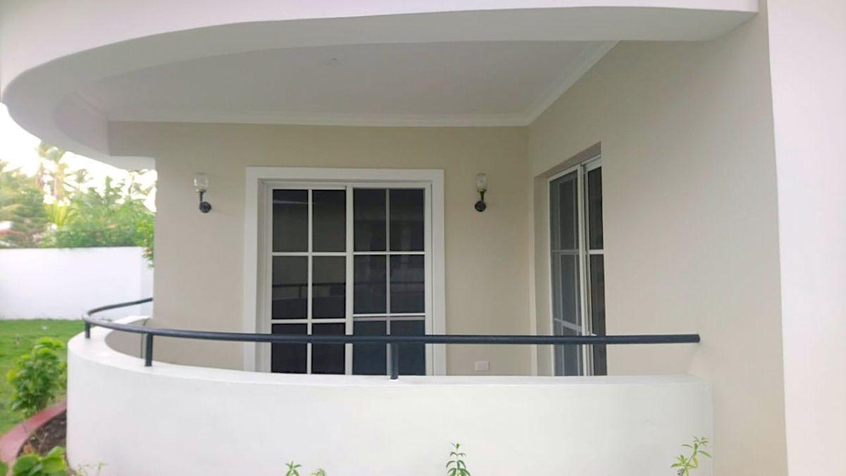 5 de 16: Balcón