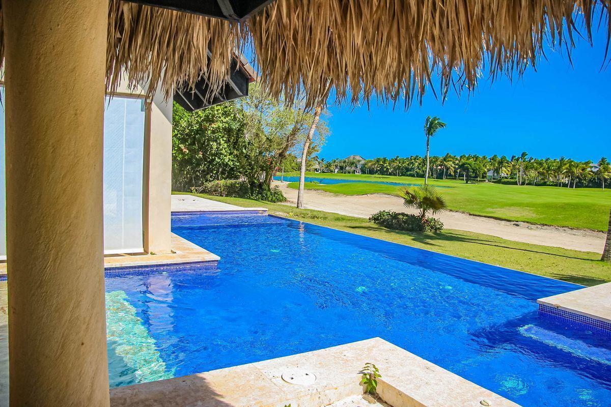 3 de 36: Villa Arecife cocotal 5 dormitorios